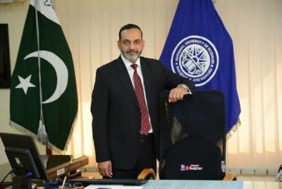 Dr Nassar Ikram